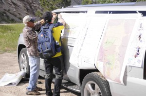 Romey Flores putting up cross sections to explain what we'll see at the outcrop, Powder River Basin, Wyoming